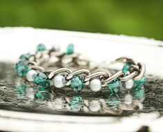 Quiet Lion Creations by Allison Beth Cooling: Woven Chain Bracelet Tutorial Wire Jewelry, Jewelry Crafts, Beaded Jewelry, Jewelery, Jewelry Bracelets, Handmade Jewelry, Diy Jewellery, Jewelry Ideas, Recycled Bracelets