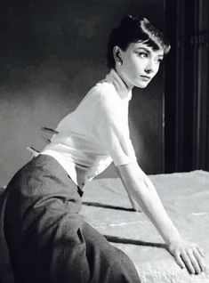 Audrey Hepburn Audrey Hepburn Born, Same Old Love, Old Movie Stars, My Fair Lady, Grace Kelly, Role Models, Ukraine, Actors & Actresses, Love Her