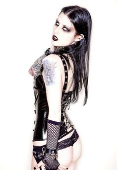 Find images and videos about goth, black metal girl and black metal woman on We Heart It - the app to get lost in what you love. Gothic Girls, Hot Goth Girls, Dark Beauty, Goth Beauty, Dark Fashion, Gothic Fashion, Gothic Models, Goth Women, Steam Punk