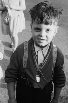 A young pupil at the Old Kent Road London County Council School for the Deaf. Next Film, Deaf Culture, London Museums, Schools, Evolution, Old Things, History, Ideas, Historia