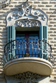 Casa Esteve Parera  1907  Architect: Francesc Ferriol i Carreras