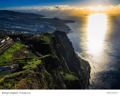 """A Lush Green Madeira Island Travel Guide - via Argophilia 06.03.2014 