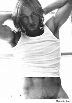 Travis Fimmel Then and Now | Travis Fimmel Photos : Squarehippies.com Shirtless Forums / Travis ...