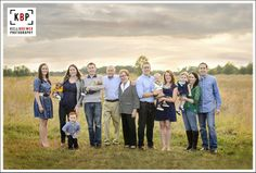 Large Family Group/Extended Family Session. Kelli Brewer Photography | Northern Virginia Photographer