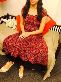 Best 11 Beautiful combination – Page 280349145539627428 – SkillOfKing. Kurta Designs Women, Salwar Designs, Dress Neck Designs, Blouse Designs, Indian Designer Outfits, Designer Dresses, Churidhar Designs, Kalamkari Dresses, Salwar Pattern