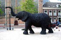 tire sculpture - Cerca con Google