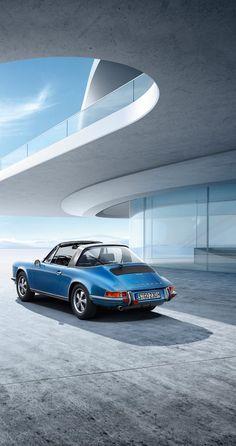 The most distinctive, style-defining feature of the #911Targa is its aluminium bar sporting the 'targa' logo. Over the years, this design has left a lasting impression on the car's drivers and enthusiasts. Learn more: http://link.porsche.com/targa?pc=9915XPINGA *Combined fuel consumption in accordance with EU 6: 10.0 - 8.7 l/100km; 237 - 204 g/km.