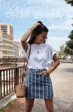 Chic And Casual Back To School Outfit Ideas For This Summer; Back To School Outfit; Teen Back To School Outfit; Summer Back To School Outfits; Trendy Summer Outfits, Cute Casual Outfits, Outfit Summer, Casual Chic, Autumn Outfits, Casual Fall, Classy Chic, Casual Summer Style, Summer Skirt Outfits