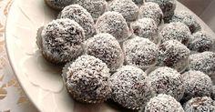 Mennyei Paleo kókuszos trüffel recept! Nagyon finom csokoládés desszert. Könnyű elkészíteni. Sütés nélkül készíthető. Laktóz-, glutén-és cukormentes. Szinte szétolvad a számban...