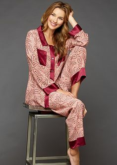 Julianna Rae designs luxurious sleepwear, lingerie and loungewear for women, using only the highest quality fabrics and the finest silks. Pyjamas, Silk Pajamas, Sleepwear Women, Pajamas Women, Silk Underwear, Silk Stockings, Sport Pants, Poses, Nightwear