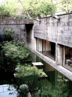 Paulo Mendes da Rocha the desperate rough concrete forms mimic the rock naturall. - Paulo Mendes da Rocha the desperate rough concrete forms mimic the rock naturally found in the forr - Architecture Design, Concrete Architecture, Amazing Architecture, Foster Architecture, Futuristic Architecture, Landscape Arquitecture, Sunken Garden, Brutalist, Exterior Design
