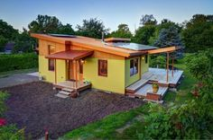 800-sq-ft-small-house-sixdegreesconstruction_riverroad01