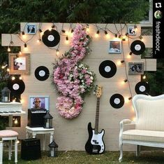 20 Wedding Ideas for Music Lovers - Pretty Designs