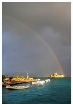 Greeks as Greeks Like it - Nafplio Greece Pictures, Under The Rainbow, Parthenon, Archaeological Site, Greece Travel, Greek Islands, Beautiful Beaches, Athens, Places To Travel
