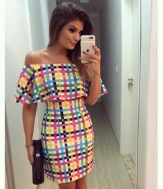 ✨ Vestido @anahovastore ✨ Cute Dresses, Casual Dresses, Short Dresses, Summer Dresses, Casual Winter Outfits, Cool Outfits, Fashion Essay, Tartan Fashion, Fashion Project