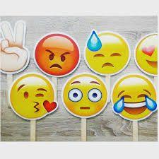 Resultado de imagen de emoticonos Tweety, Birthday Parties, Party, Fictional Characters, Card Stock, Smileys, Crafts For Kids, Train, Anniversary Parties