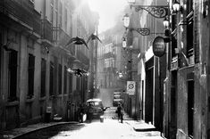 :: Rui Palha from Lisbon, Portugal - Street Photographer . Photography Projects, Outdoor Photography, Street Photography, Photography Lighting, Best Street Photographers, Photos Black And White, Art Of Noise, Street Work, Street Style