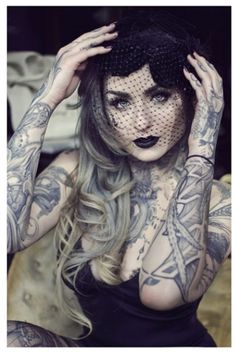 I don't remember her name but she was a contestant on Ink Masters. Hot Tattoos, Body Art Tattoos, Girl Tattoos, Tattoos For Women, Tatoos, Hot Tattoo Girls, Tattoed Girls, Inked Girls, Ryan Ashley Malarkey