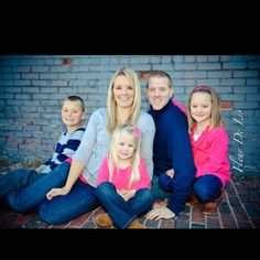 Family of 5 pose