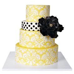 """Damask Cake With Edible """"Brooch"""""""