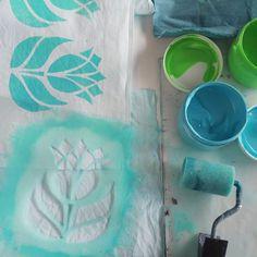 Michaela Müller, Autor bei Post-Kunst-Werk Saree Painting, Fabric Painting, Flora Und Fauna, Book Making, Printmaking, Stencils, Paper Crafts, Designers, Pop