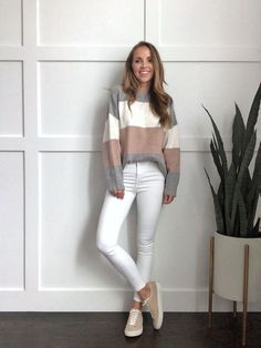 winter whites outfits with gray and blush Grey Jeans Outfit, Jean Jacket Outfits, White Outfits, Casual Outfits, Skinny Jeans With Boots, Blush And Grey, Gray, Modest Fashion Hijab, Olive Jacket