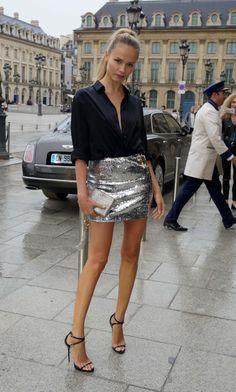Street Style: Natasha Poly Arrives at Paris Fashion Week Fashion Week, Daily Fashion, Fashion Models, Girl Fashion, Fashion Looks, Fashion Outfits, Paris Fashion, Bar Outfits, Vegas Outfits