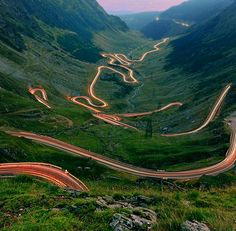 The road to Dracula : Transfagarasan (DN 7C) is the road that passes through the Fagaras Mountains (the highest mountains in Romania – Moldoveanu peak – 2544 meters) and that connects Walachia and Transylvania. But in fact Transfagarasan road is more than that, It is the road that climbs to the highest altitude in Romania, 2042 meters, in the Glacial Hollow Balea.