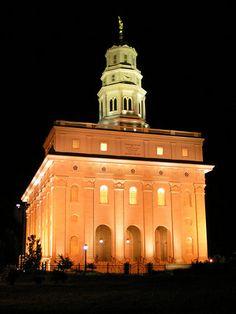 Nauvoo Temple at night