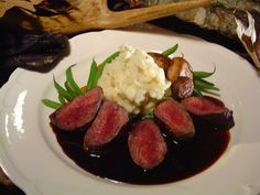 Recipe: Pan-Seared Venison Medallions with Balsamic Berry Sauce