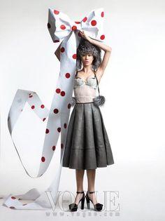 Jingle Bells: Vogue Korea December 2010 Editorial | Sassi Sam Girlie Gossip Files