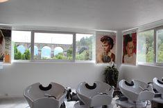 Et la magnifique vue que vous pourrez admirer lors de votre prochaine visite Windows, Hairstyle, Living Room, Ramen, Window