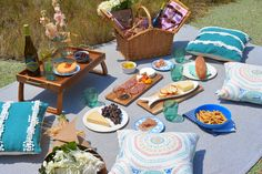 swellmayde: PICNIC TIME