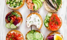 29 Mini Sandwiches to Delight Your Guests Avocado Egg, Avocado Toast, Full Body Hiit Workout, Sweet Corner, People Eating, Anorexia, Dietitian, Caprese Salad, Bruschetta
