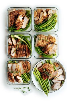 Chicken and Cinnamon Roasted Sweet Potato Meal Prep is an easy, delicious,. - 2 Meal Plans Week 2 -Smoky Chicken and Cinnamon Roasted Sweet Potato Meal Prep is an easy, delicious,. Lunch Meal Prep, Meal Prep Bowls, Paleo Meal Prep, Meal Prep Dinner Ideas, Fitness Meal Prep, Easy Healthy Meal Prep, Dinner Healthy, Healthy Snacks, Healthy Eating