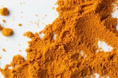 Turmeric may ward off dementia, heal the brain; Cologne, Germany; Sept. 26, 2014.. A new study has found a that a main ingredient in curry powder, the spice turmeric, can help the brain regenerate neurons and ward off dementia.