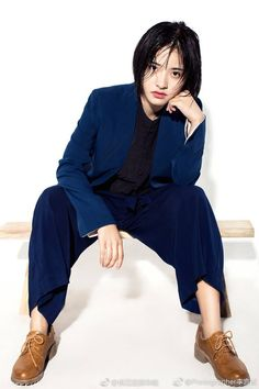 Meteor Garden, Female Models, Role Models, Asian Celebrities, Celebs, New Year Concert, A Love So Beautiful, Action Poses, Chinese Actress