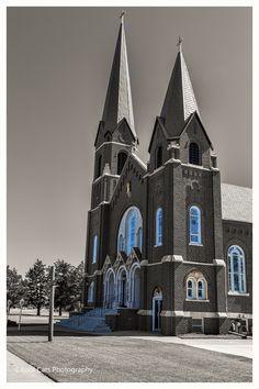 https://flic.kr/p/vJAp9o | Twin Spires | Catholic church in Okeene, Oklahoma.