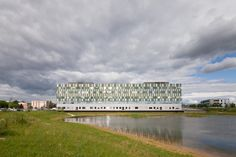 © 11h45 / Centre hospitalier William Morey, Chalon-sur-Saône (71) - Brunet Saunier Architecture