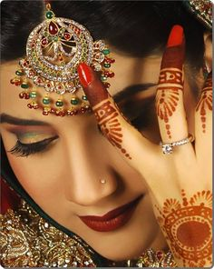 Latest Best Pakistani Bridal Makeup Tips & Ideas - Basic Steps & Tutorial Bridal Makeup Tips, Diy Beauty Makeup, Bridal Beauty, Eye Makeup, Pakistani Bridal Makeup, Indian Bridal Fashion, Bridal Mehndi, Mehendi, Asian Fashion