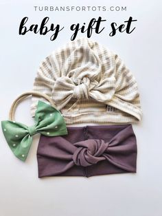Looking for a girl baby shower gift for a friend? Planning newborn photos? Or just wanting to add to your daughter's own collection? This set is soft & versatile. (( Available size newborn --> 10 years))