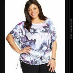 STYLE&CO. PLUS SIZE NWT Style&co. Plus Size Butterfly-Sleeve Printed Ruched Tee Color : Exploded Reality Size : 2X Style & Co Tops Tees - Short Sleeve