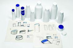Nivea: novo design e kerning antigo Design Thinking, Logo Branding, Logos, Packaging Design, Branding Design, Monogram Maker, Novo Design, Design Language, Grafik Design
