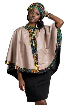 Our Fabia African print cape is made of a beautiful and vibrant floral print fabric. This particular african fabric has been part of African fashion for decennies and it's been considered as a vintage Ankara. At least 3 generations of African wome. Short African Dresses, African Blouses, African Shirts, Latest African Fashion Dresses, African Print Fashion, Africa Fashion, African Traditional Wear, African Inspired Clothing, African Attire
