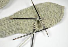 Land, Knitting, Mittens, Tejidos, Projects, Tricot, Breien, Stricken, Weaving