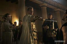 Pompeii publicity still of Kiefer Sutherland