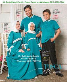 Butik Baju Muslim Terbaru 2018: Gamis Sarimbit Keluarga Muslim Fashion, Modest Fashion, Fashion Outfits, Surakarta, Roman Shades, Poses, Studio, Couples, Families