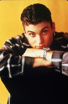 'Beverly Hills, Where are they now? Brian Austin Green, Bad Boys, Cute Boys, 90s Stars, Luke Perry, Beverly Hills 90210, Boy Hairstyles, Best Tv Shows, Sexy Men
