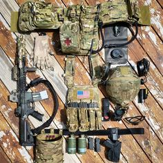 NOTE pouches and pouch placement, camelback, goggles, gloves