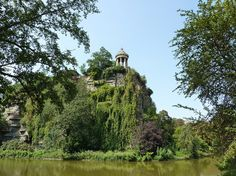 The Ultimate Parisian Guide To Paris: The Parc des Buttes-Chaumont | The prettiest park in Paris is also one of the less touristy ones. Located in the north of the city, the park is luscious and hilly, with gorgeous views over the French capital. It is also home to Rosa Bonheur, a trendy guinguette — the French beer gardens, except with less beer and more wine — where locals go to drink and dance.